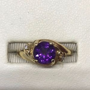 Jewelry - Amethyst & Diamond 14K YG Ring